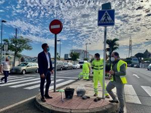 grupo villar señal peatones LED solar