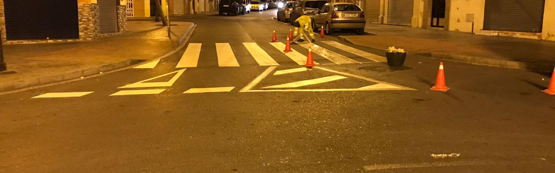 Finalizados los trabajos nocturnos de repintado de la Plaza Quemadero